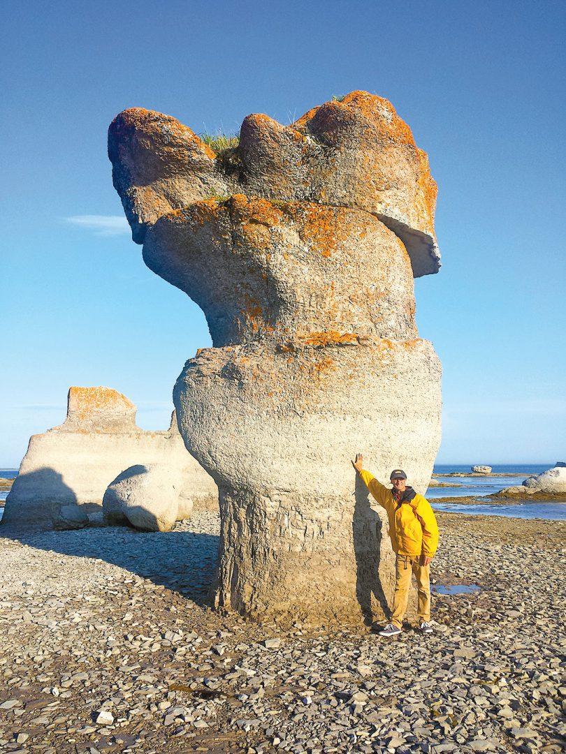 Benoit by limestone monolith