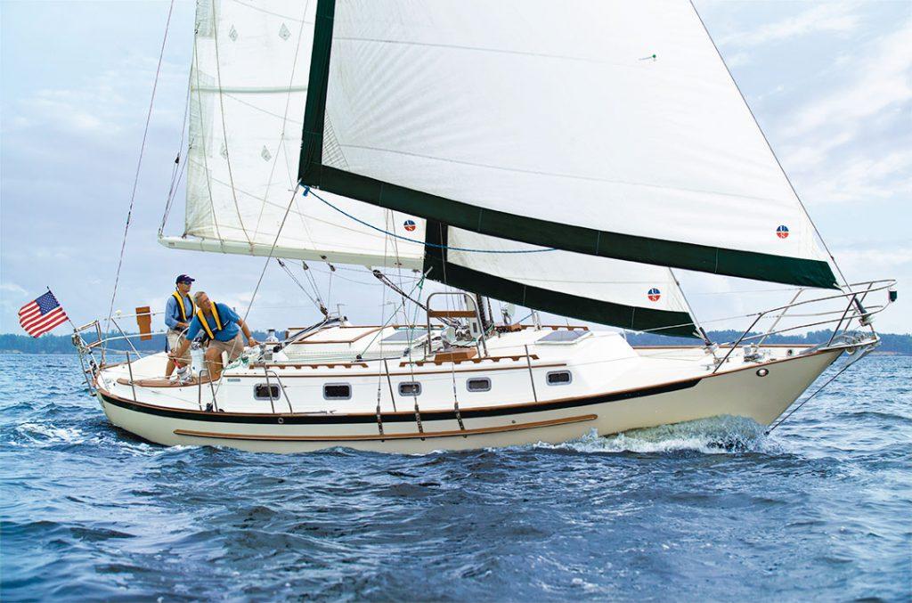 Crealock 37 Pacific Seacraft 37 Sailboat