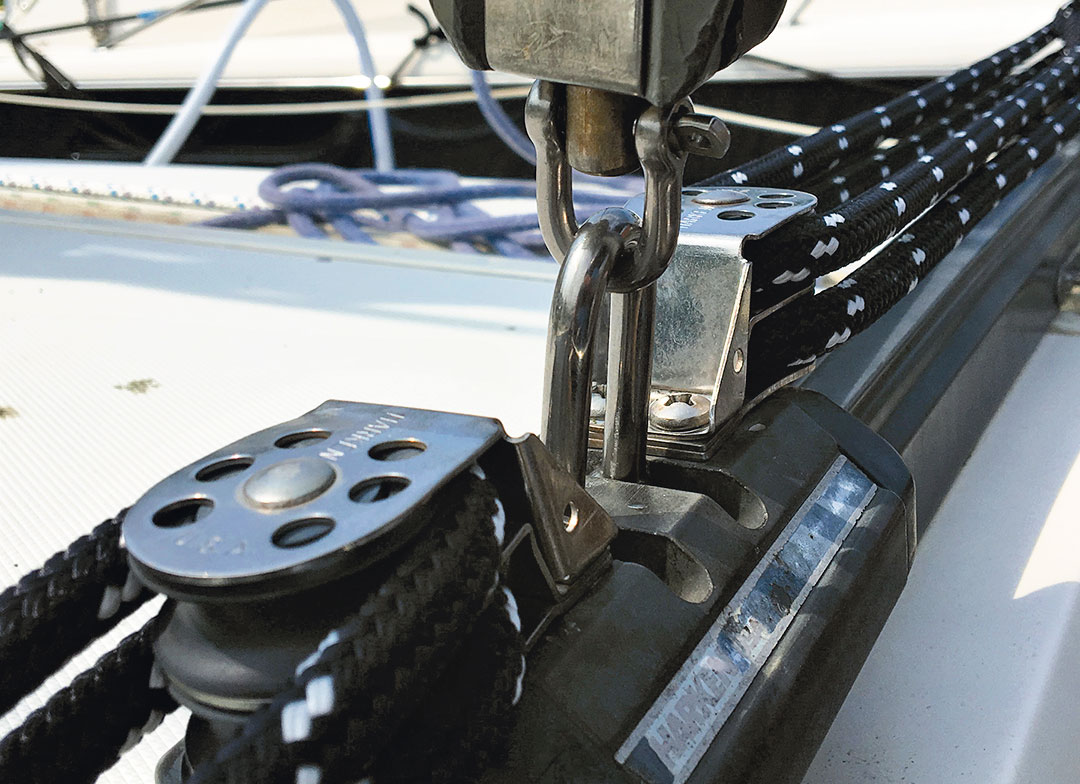 new shackles for mainsheet traveler