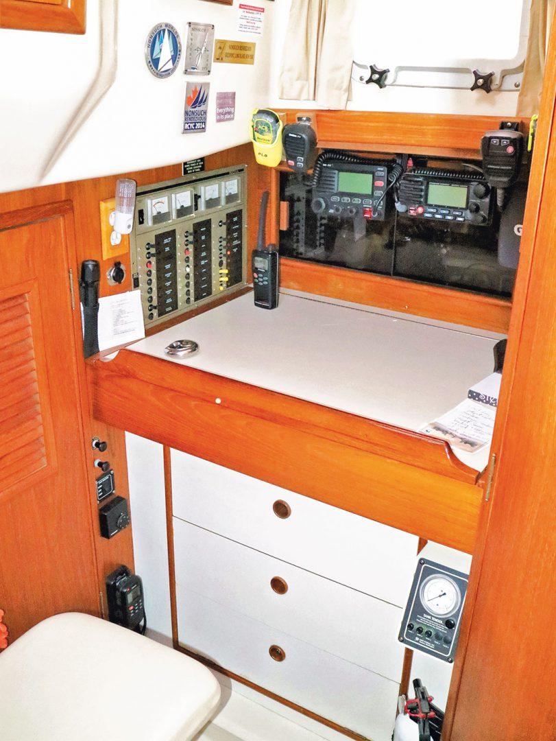 Nonsuch sailboat navigation table